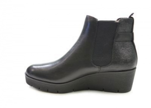 Ботинки женские 25426-27-001